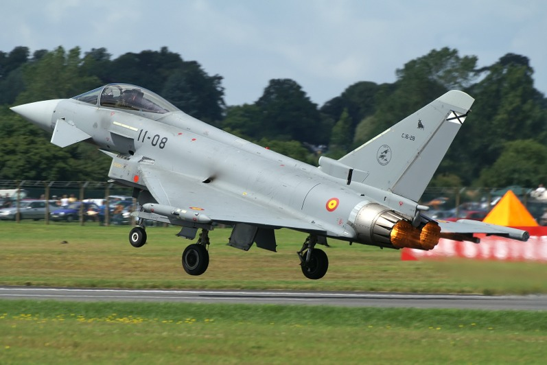 PICT2901_RIAT_2007_RAF_Fairford_(UK)_Airshow_14.07.2007_resize